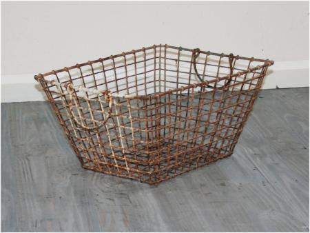French shellfish gathering basket